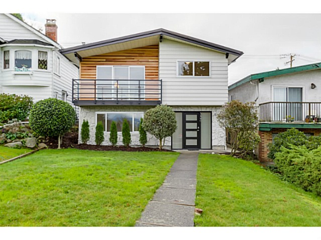 Main Photo: 3490 CAMBRIDGE Street in Vancouver: Hastings East House for sale (Vancouver East)  : MLS(r) # V1091567