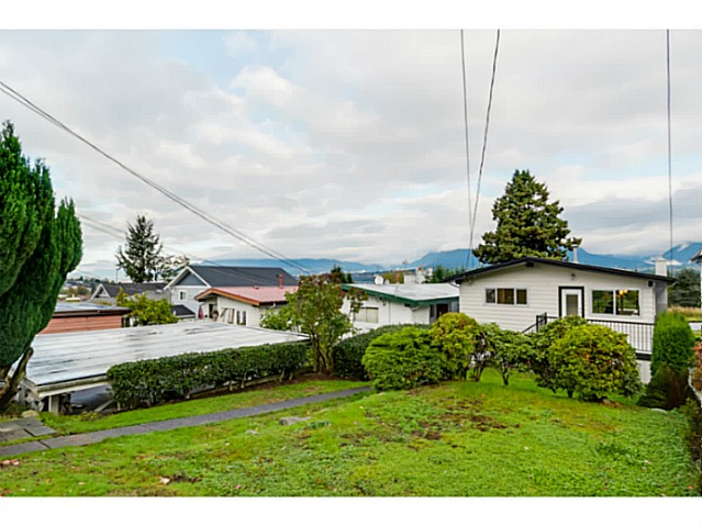Photo 19: 3490 CAMBRIDGE Street in Vancouver: Hastings East House for sale (Vancouver East)  : MLS(r) # V1091567