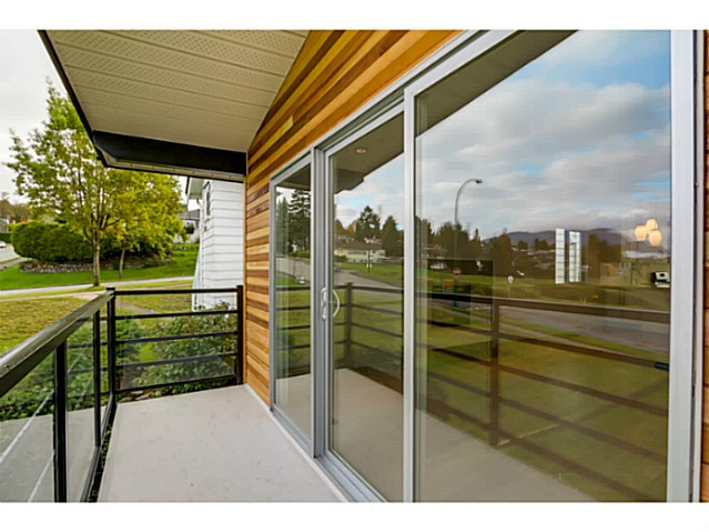 Photo 6: 3490 CAMBRIDGE Street in Vancouver: Hastings East House for sale (Vancouver East)  : MLS(r) # V1091567