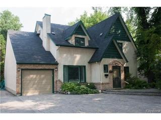 Main Photo: 241 Kingston Row in WINNIPEG: St Vital Residential for sale (South East Winnipeg)  : MLS(r) # 1428098