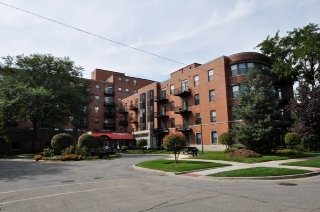 Main Photo: 5200 Ellis Avenue Unit 211 in CHICAGO: CHI - Hyde Park Rentals for rent ()  : MLS(r) # 09031854