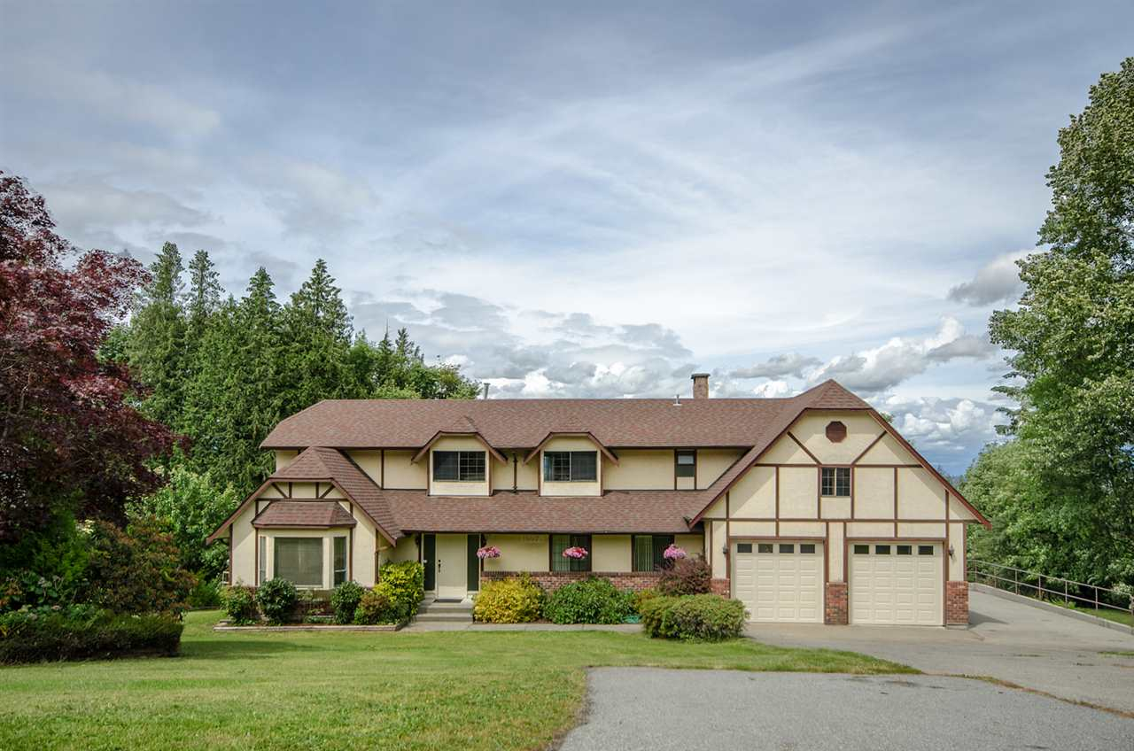 Main Photo: 16973 31 Avenue in Surrey: Grandview Surrey House for sale (South Surrey White Rock)  : MLS(r) # R2076895