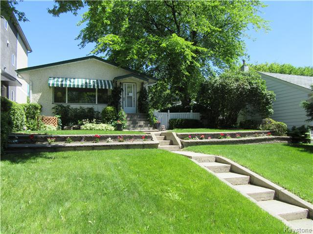Main Photo: 432 Ritchot Street in Winnipeg: St Boniface Residential for sale (South East Winnipeg)  : MLS® # 1616795