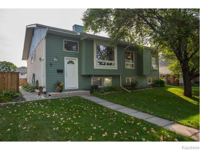 Main Photo: 9 Rillwillow Place in Winnipeg: Meadowood Residential for sale (2E)  : MLS®# 1623703