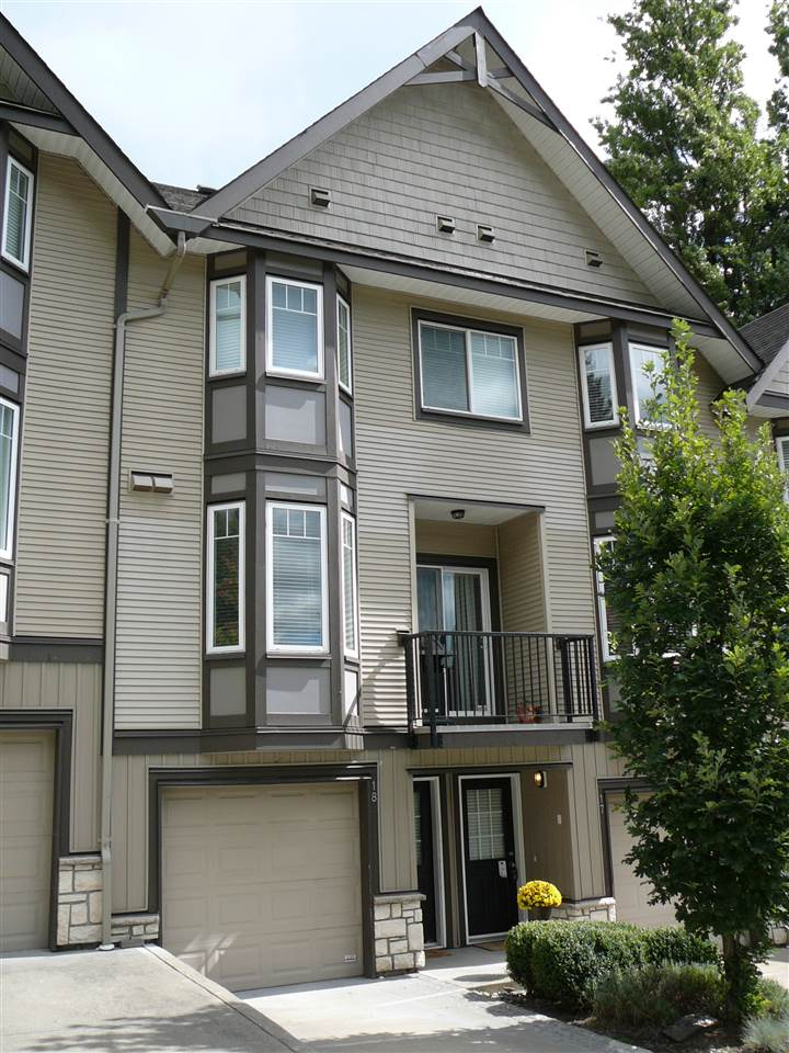 "Main Photo: 18 32501 FRASER Crescent in Mission: Mission BC Townhouse for sale in ""Fraser Landing"" : MLS®# R2106682"