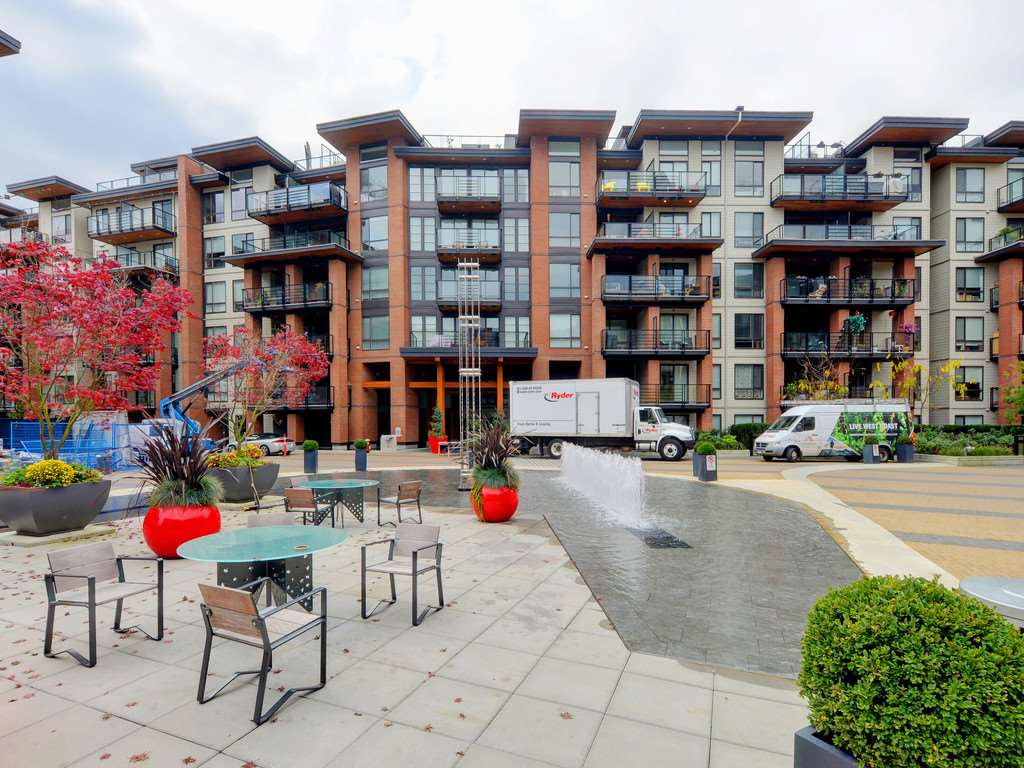 "Main Photo: 505 733 W 3RD Street in North Vancouver: Hamilton Condo for sale in ""THE SHORE"" : MLS®# R2120677"