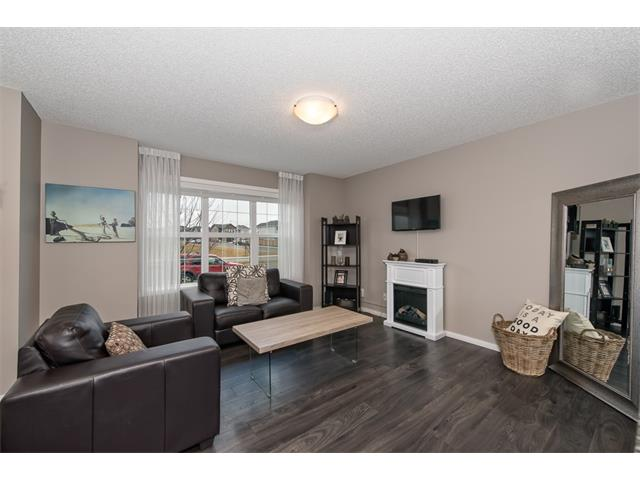 Photo 5: 230 NOLAN HILL Drive NW in Calgary: Nolan Hill House for sale : MLS(r) # C4088138