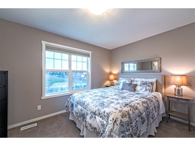 Photo 16: 230 NOLAN HILL Drive NW in Calgary: Nolan Hill House for sale : MLS(r) # C4088138
