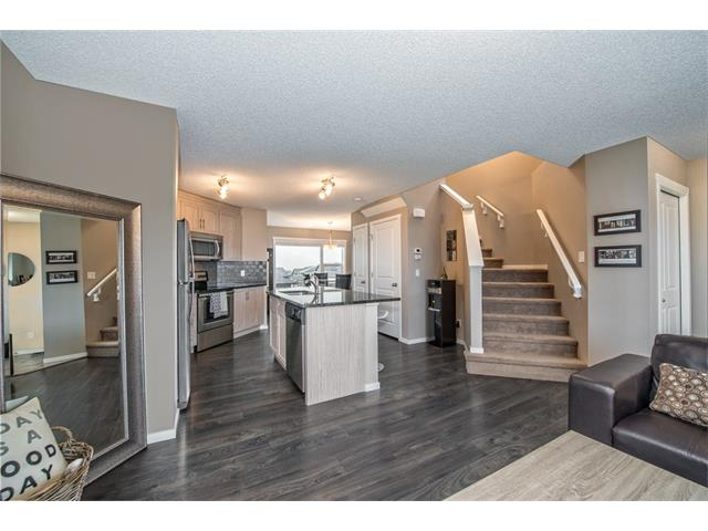 Photo 7: 230 NOLAN HILL Drive NW in Calgary: Nolan Hill House for sale : MLS(r) # C4088138