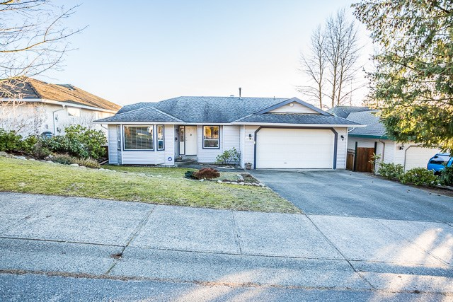 Main Photo: 32360 W BOBCAT Drive in Mission: Mission BC House for sale : MLS® # R2137015