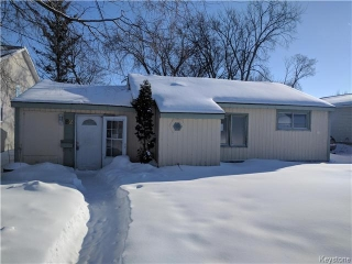 Main Photo: 82 Berrydale Avenue in Winnipeg: Residential for sale (2D)  : MLS(r) # 1703108