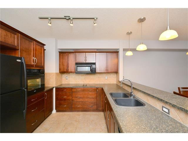 Photo 12: 209 3101 34 Avenue NW in Calgary: Varsity Condo for sale : MLS(r) # C4113505