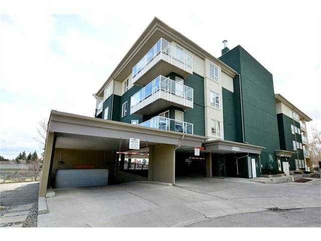 Main Photo: 209 3101 34 Avenue NW in Calgary: Varsity Condo for sale : MLS(r) # C4113505