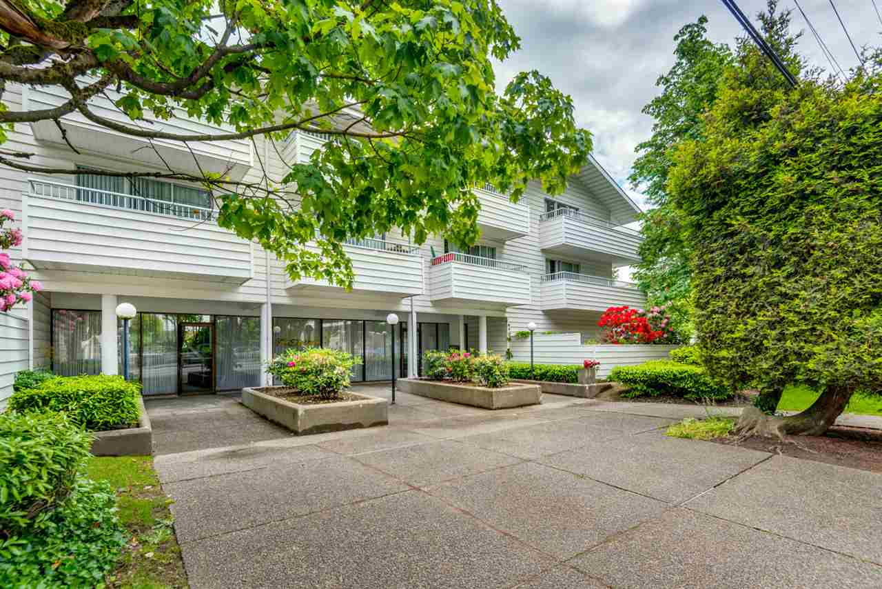 Main Photo: 112 707 EIGHTH Street in New Westminster: Uptown NW Condo for sale : MLS(r) # R2176716