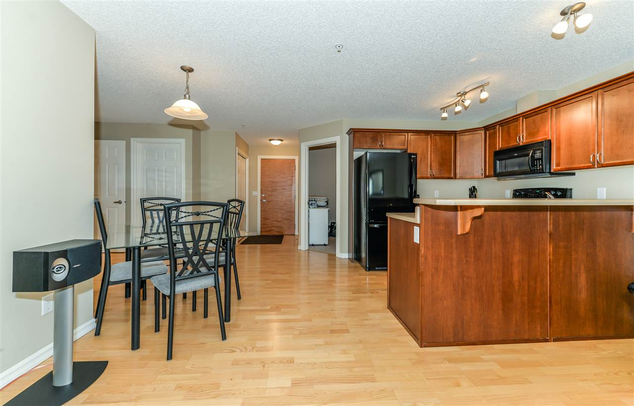 Photo 11: 206 15211 139 Street in Edmonton Apartment Condo for sale MLS E4068966