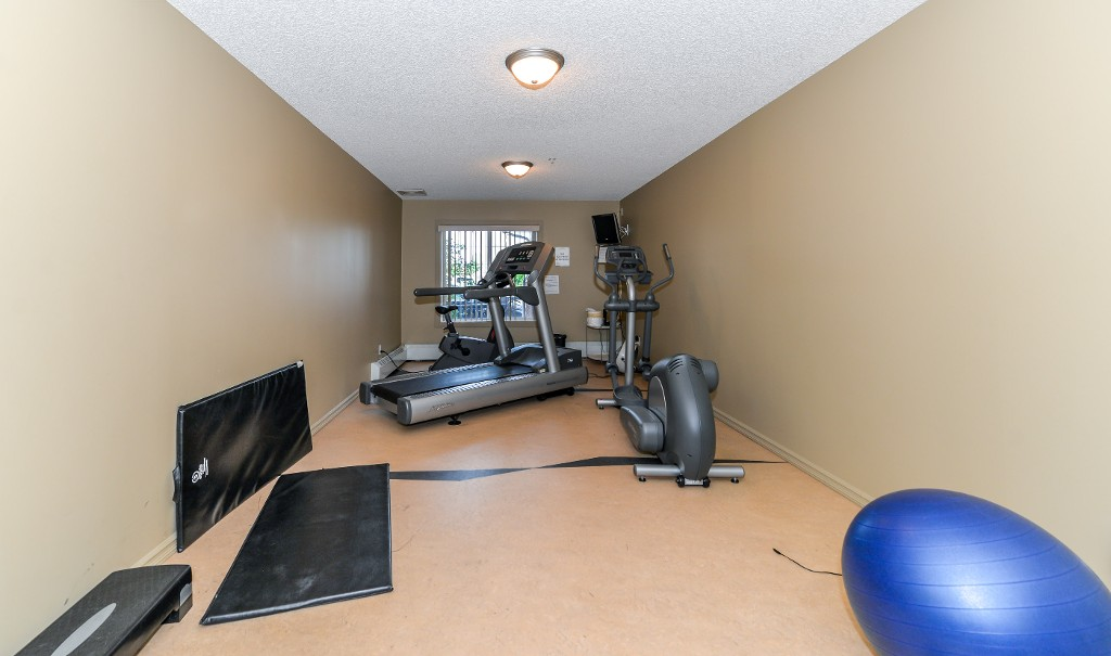 Photo 33: 206 15211 139 Street in Edmonton Apartment Condo for sale MLS E4068966