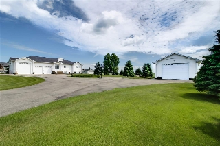 Main Photo: #54 52001 RR 275: Rural Parkland County House for sale : MLS® # E4072306
