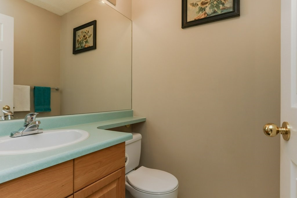 Photo 10: 11816 9 Avenue in Edmonton: Zone 16 House for sale : MLS® # E4074256