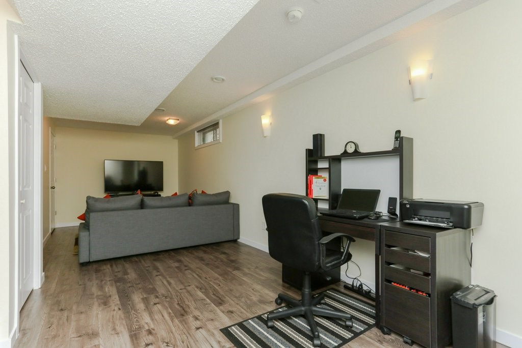 Photo 19: 11816 9 Avenue in Edmonton: Zone 16 House for sale : MLS® # E4074256