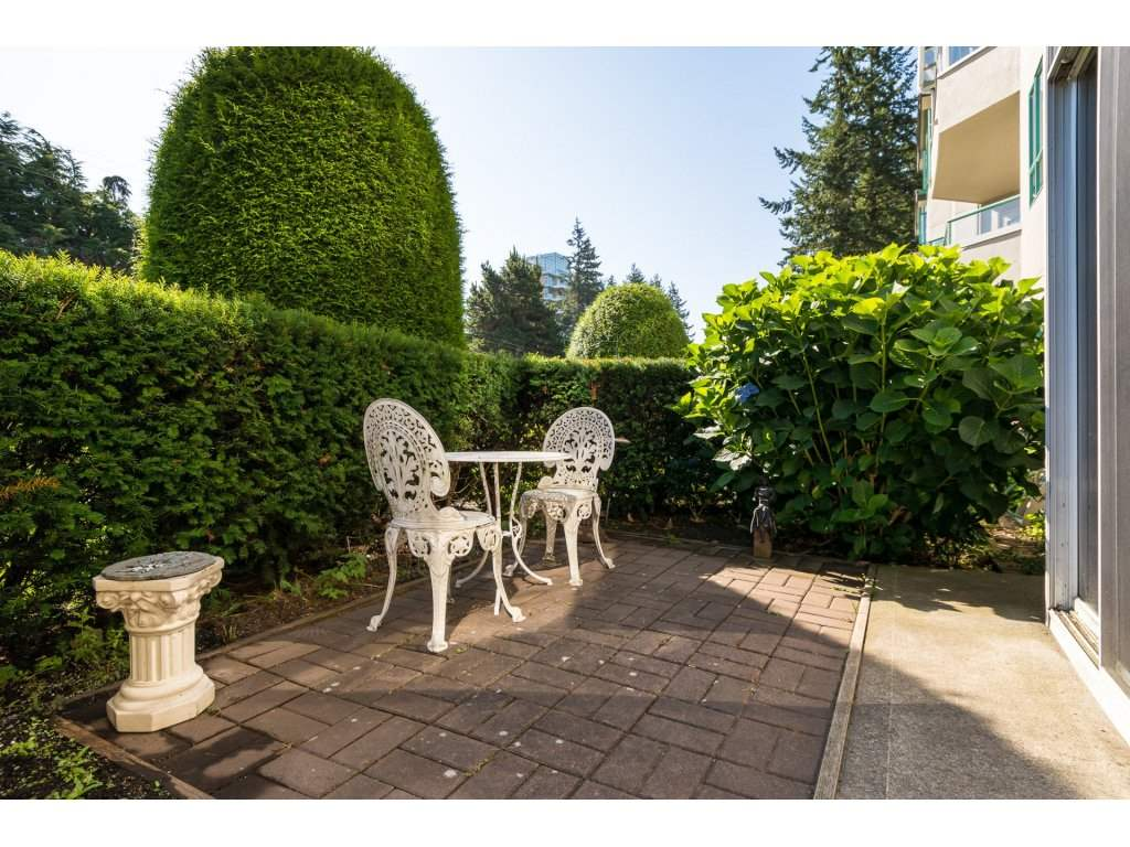 "Photo 18: Photos: 102 1569 EVERALL Street: White Rock Condo for sale in ""Seawynd Manor"" (South Surrey White Rock)  : MLS® # R2197598"