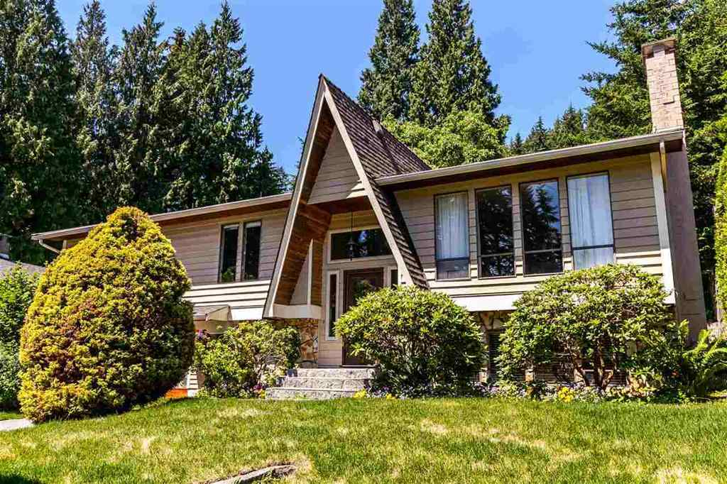 Main Photo: 3833 PRINCESS Avenue in North Vancouver: Princess Park House for sale : MLS® # R2217361