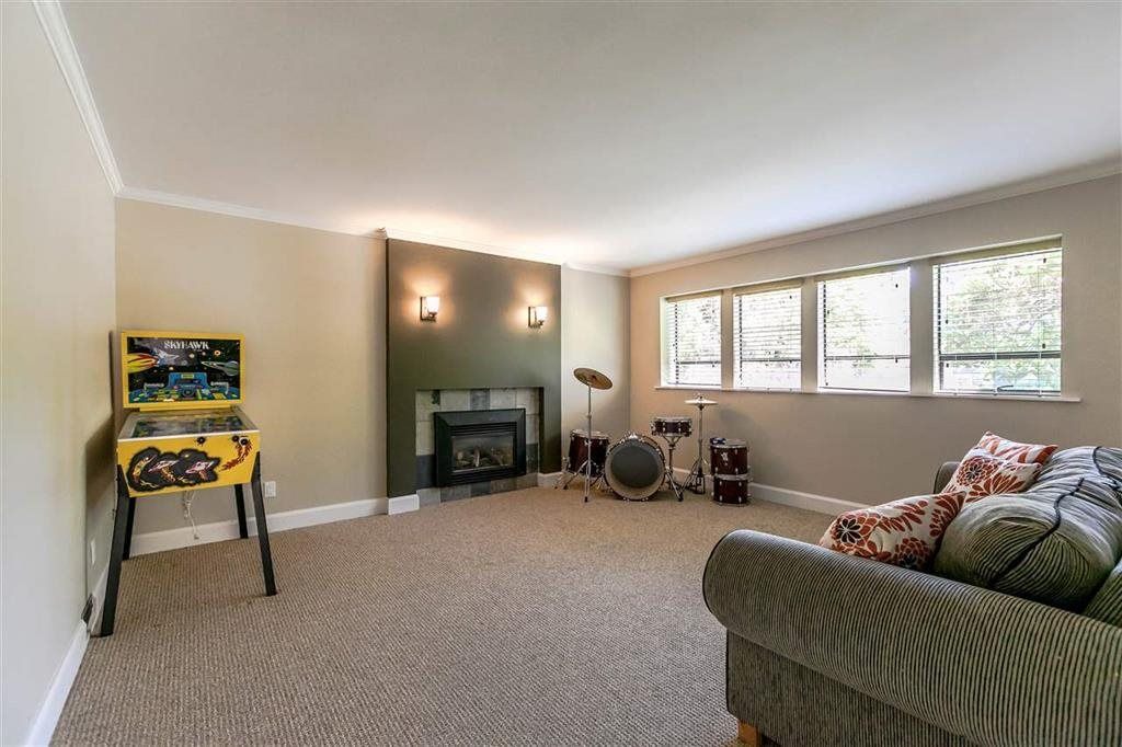 Photo 20: Photos: 3833 PRINCESS Avenue in North Vancouver: Princess Park House for sale : MLS® # R2217361