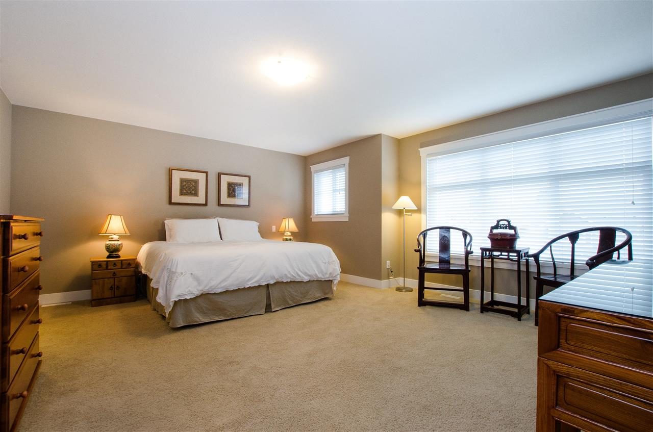 "Photo 10: Photos: 5 2456 163 Street in Surrey: Grandview Surrey Townhouse for sale in ""Azure East"" (South Surrey White Rock)  : MLS® # R2223521"