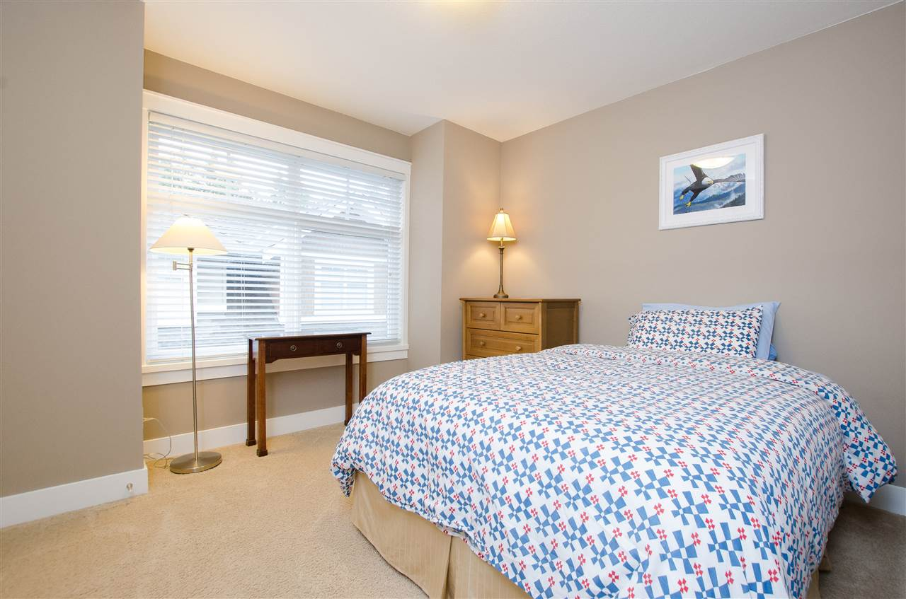 "Photo 14: Photos: 5 2456 163 Street in Surrey: Grandview Surrey Townhouse for sale in ""Azure East"" (South Surrey White Rock)  : MLS® # R2223521"