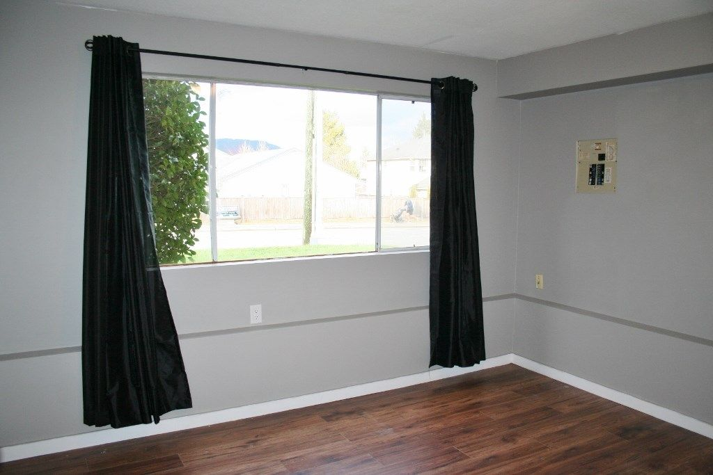 Photo 14: Photos: 33284 CHERRY Avenue in Mission: Mission BC House for sale : MLS® # R2234095