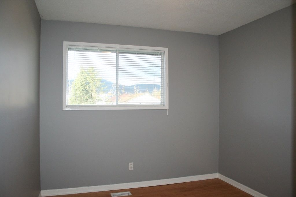 Photo 12: Photos: 33284 CHERRY Avenue in Mission: Mission BC House for sale : MLS® # R2234095