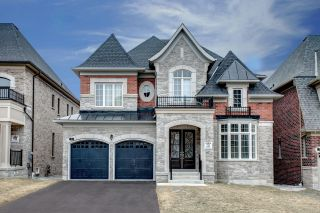 Main Photo: 31 Scuffler Dr in Vaughan: Patterson Freehold for sale