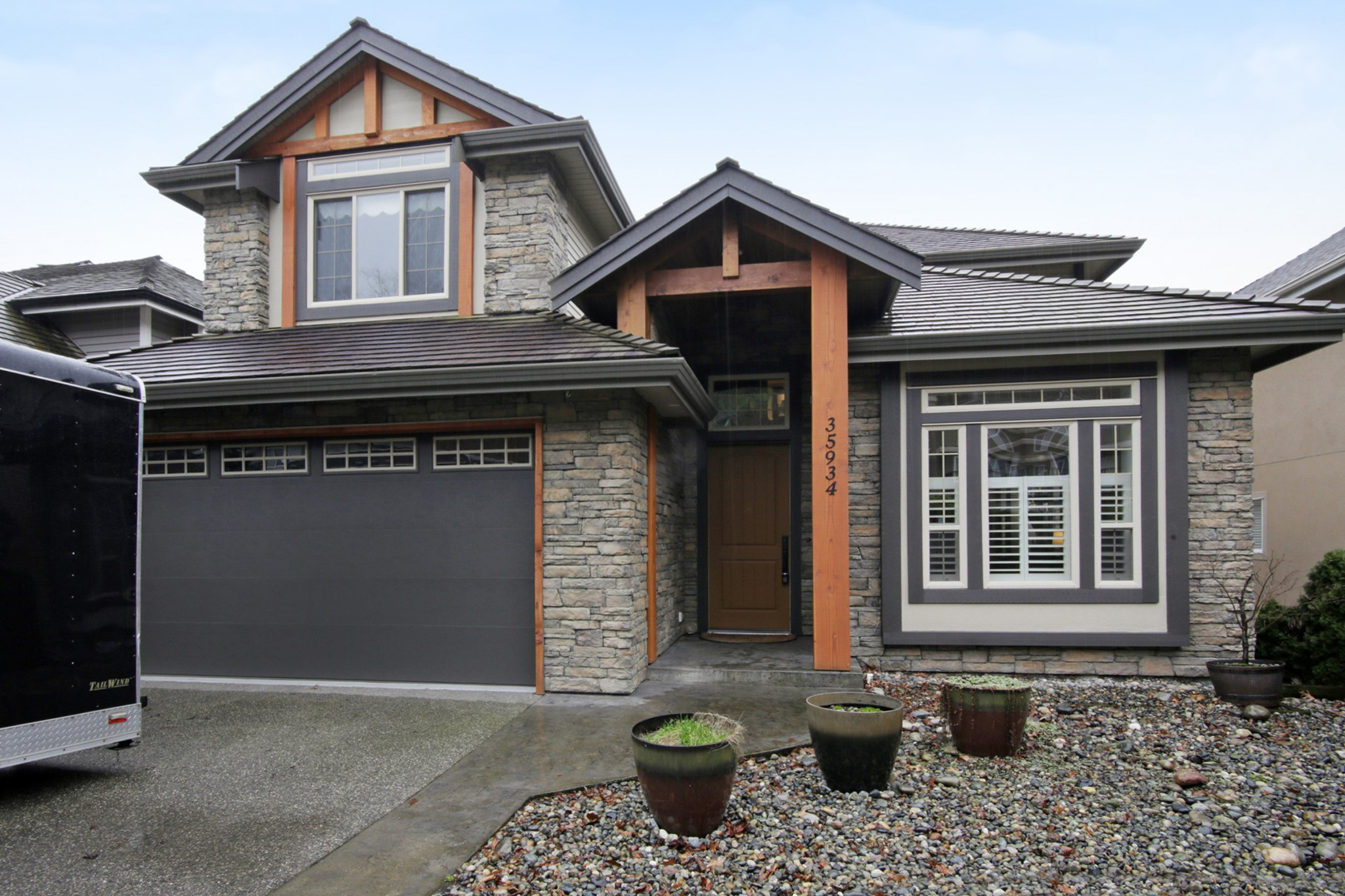 Main Photo: 35934 REGAL Parkway in Abbotsford: Abbotsford East House for sale : MLS® # R2235544