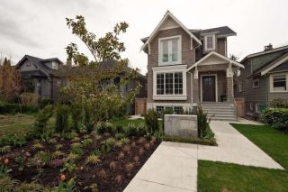 Main Photo: 3826 W 30TH Avenue in Vancouver: Dunbar House for sale (Vancouver West)  : MLS®# R2256301