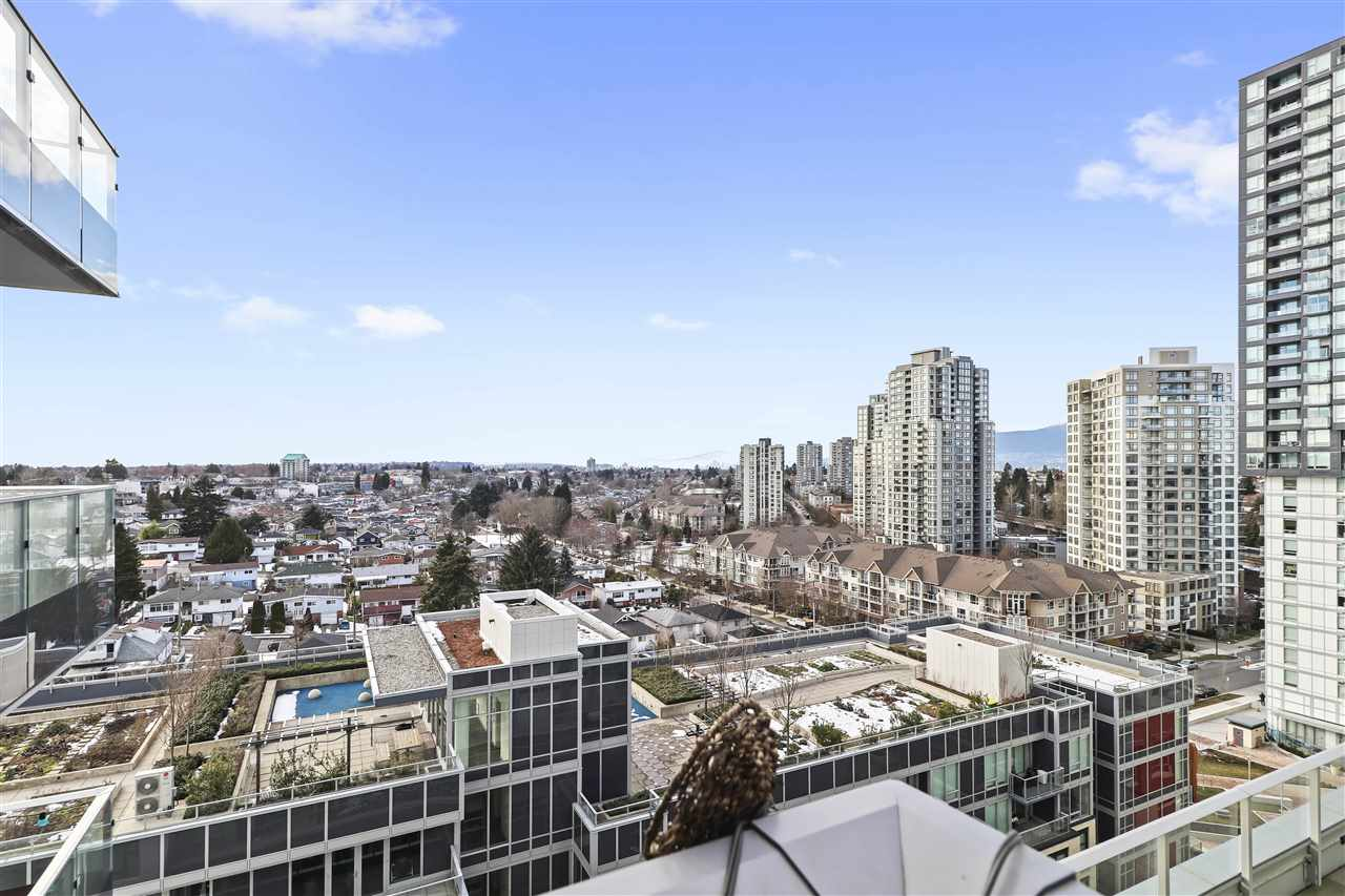 FEATURED LISTING: 1103 - 5665 BOUNDARY Road Burnaby