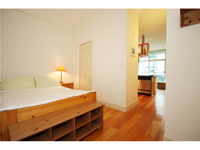 "Photo 2: 520 8988 HUDSON Street in Vancouver: Marpole Condo for sale in ""THE RETRO"" (Vancouver West)  : MLS(r) # V878937"