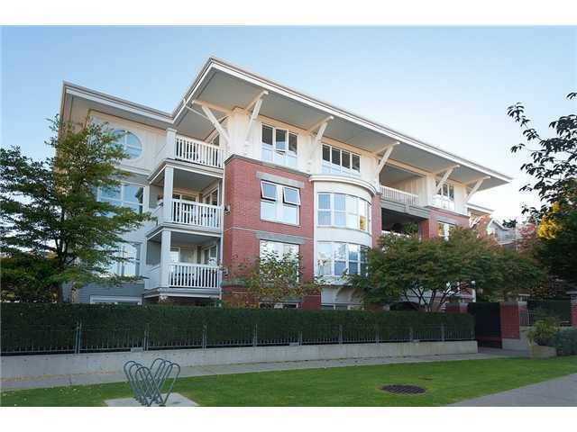 "Main Photo: # 304 1858 W 5TH AV in Vancouver: Kitsilano Condo for sale in ""Greenwich"" (Vancouver West)  : MLS®# V960390"