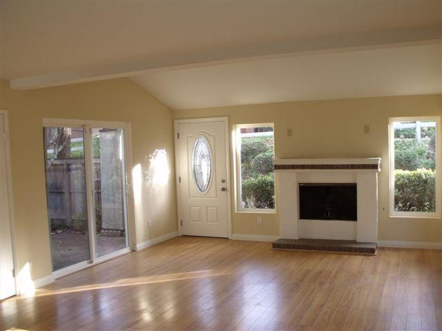 Photo 9: TIERRASANTA House for sale : 3 bedrooms : 5186 Fino Drive in San Diego