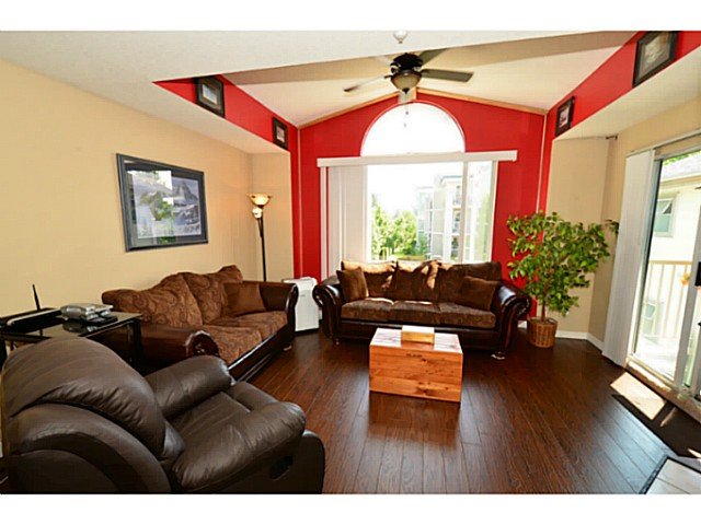"Photo 5: 310 19122 122ND Avenue in Pitt Meadows: Central Meadows Condo for sale in ""EDGEWOOD MANOR"" : MLS(r) # V1069854"