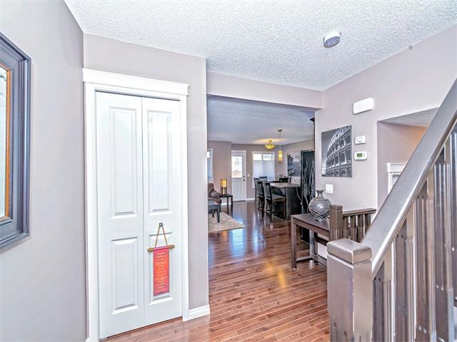Photo 2: 14 SAGE HILL Way NW in Calgary: Sage Hill House  : MLS® # C4013485