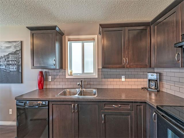 Photo 9: 14 SAGE HILL Way NW in Calgary: Sage Hill House  : MLS® # C4013485