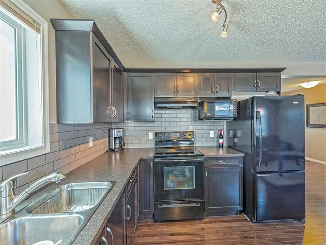 Photo 10: 14 SAGE HILL Way NW in Calgary: Sage Hill House  : MLS® # C4013485