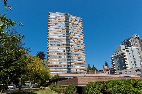 "Main Photo: 1601 2055 PENDRELL Street in Vancouver: West End VW Condo for sale in ""Panorama Place"" (Vancouver West)  : MLS®# R2046981"