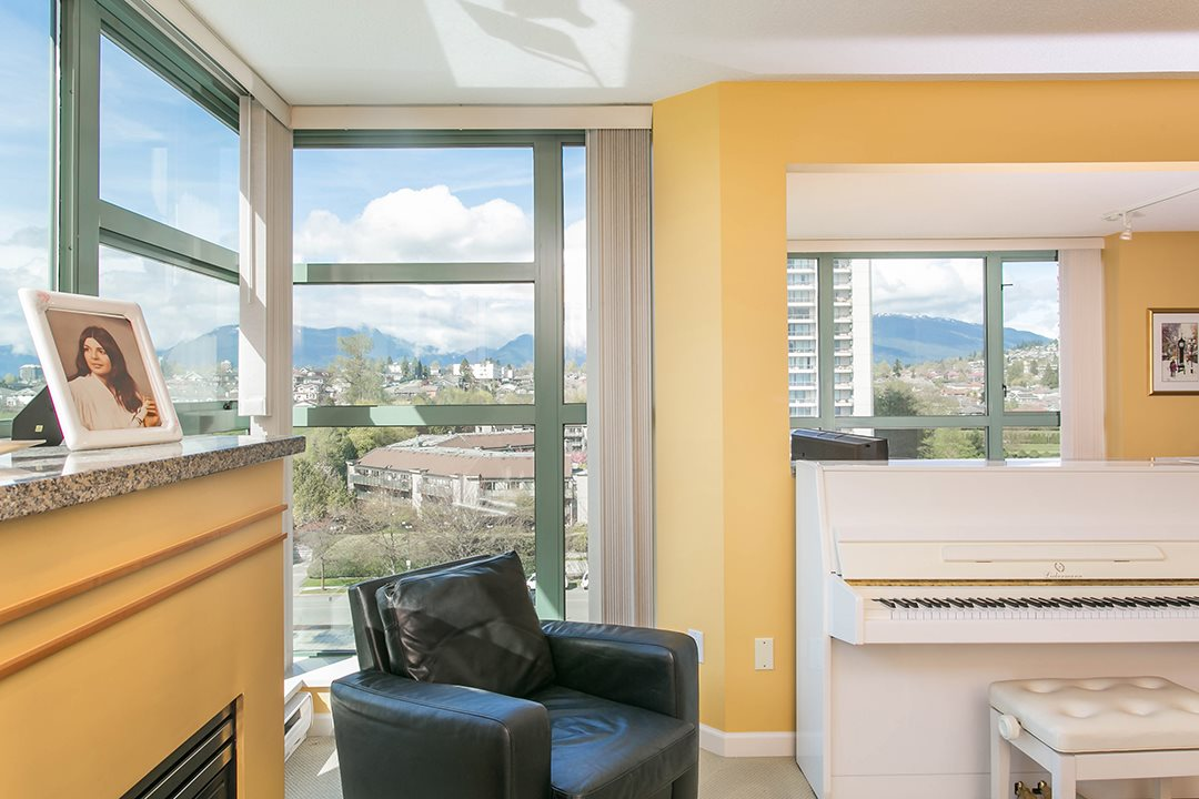 Photo 11: 1104 4398 BUCHANAN Street in Burnaby: Brentwood Park Condo for sale (Burnaby North)  : MLS® # R2056933