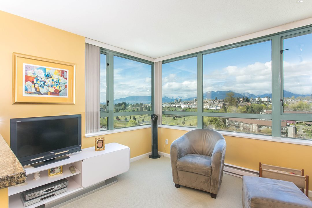 Photo 4: 1104 4398 BUCHANAN Street in Burnaby: Brentwood Park Condo for sale (Burnaby North)  : MLS® # R2056933
