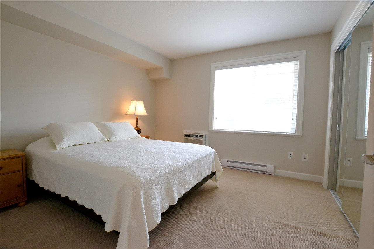 "Photo 11: 101 15357 ROPER Avenue: White Rock Condo for sale in ""Regency Court"" (South Surrey White Rock)  : MLS(r) # R2083732"