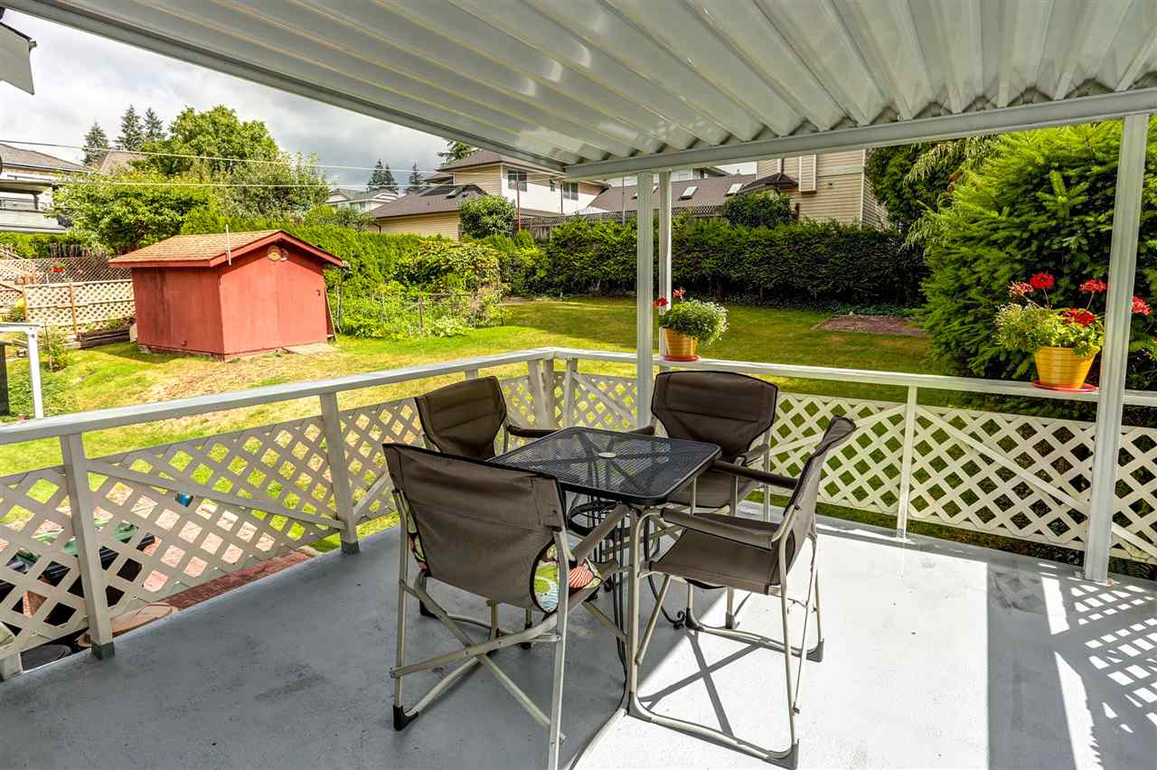 Photo 19: 333 MUNDY Street in Coquitlam: Coquitlam East House for sale : MLS® # R2119831