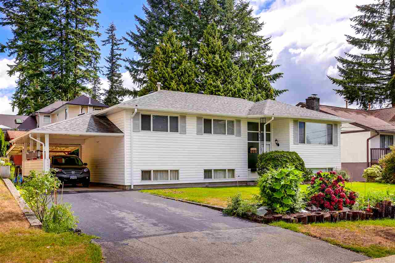 Main Photo: 333 MUNDY Street in Coquitlam: Coquitlam East House for sale : MLS® # R2119831