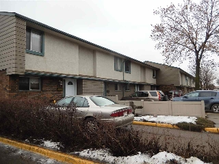 Main Photo: 165 ABBOTTSFIELD Road in Edmonton: Zone 23 Townhouse for sale : MLS(r) # E4051693