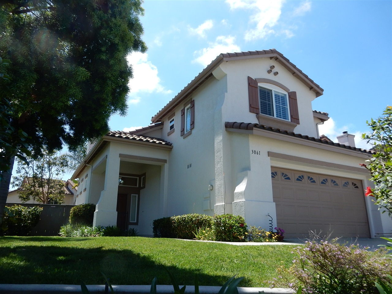 Main Photo: CARLSBAD EAST Twinhome for sale : 3 bedrooms : 3061 Rancho La Presa in Carlsbad