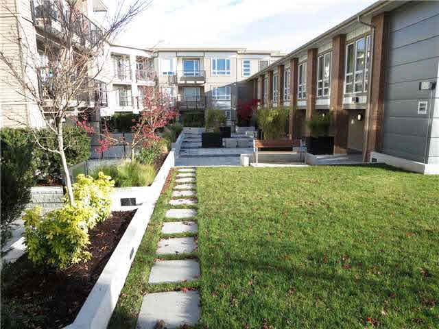 "Photo 14: 219 12339 STEVESTON Highway in Richmond: Ironwood Condo for sale in ""The Gardens"" : MLS(r) # R2166952"